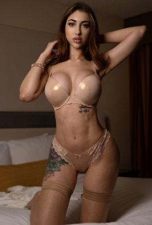 Alyiah nuru massage in Las Vegas Nevada and escorts