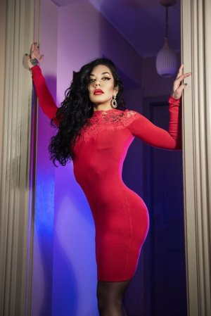 Rudie live escorts, thai massage