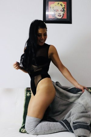 Loreen tantra massage in La Crescenta-Montrose and escort